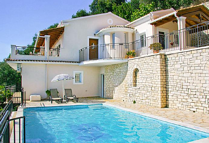 Villa Kerkyroula