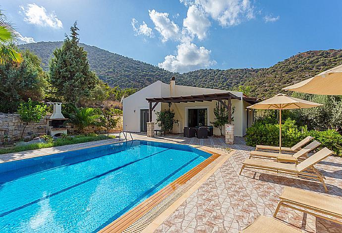 Villa Dimitrios